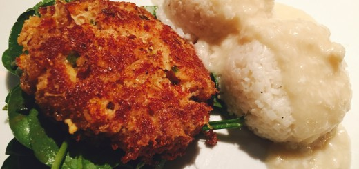 Crab Cakes on Spinach Salad with Rice & New England Cream Sauce