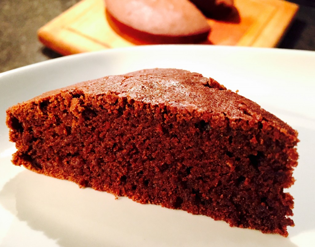 My very best gluten free cake recipe, moist, delicious ... and most of all it tastes like delicious cake, not gluten free cake