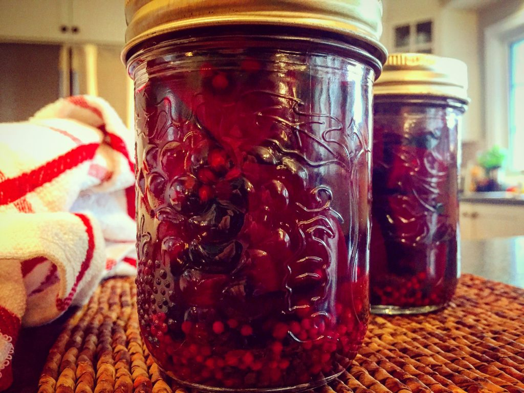 Deliciously tangy homemade pickled beets for a true French-Canadian Christmas